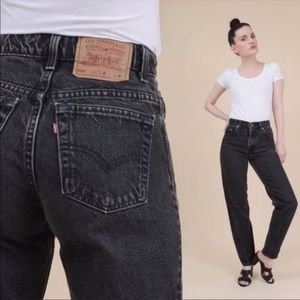 Vintage Levi's | Black 550 Relaxed Mom Jeans